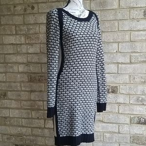 Gorgeous Pink Rose Sweate/Pullover Dress Sz L